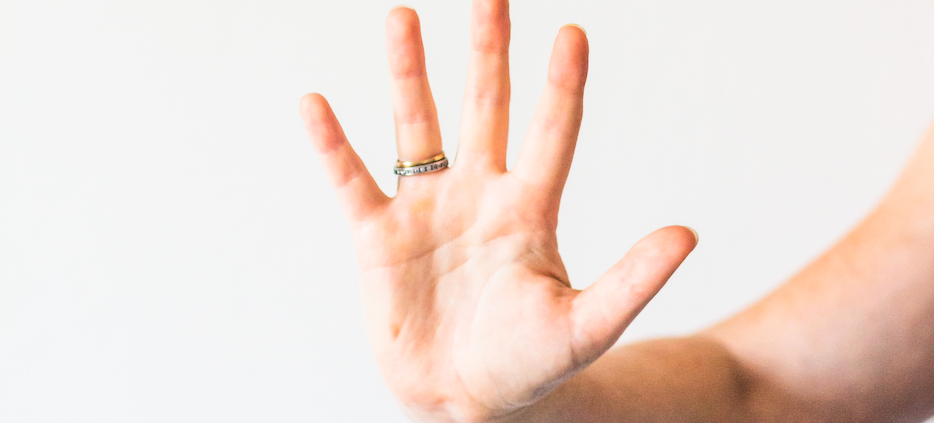 hand-with-five-gesture