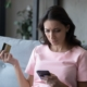 woman-having-trouble-using-card-payment